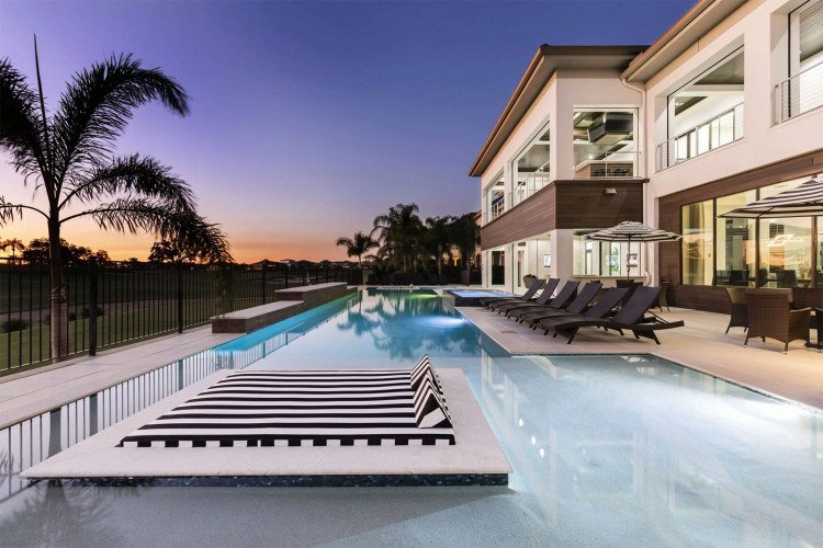 Vacation rentals in in Florida with private pools