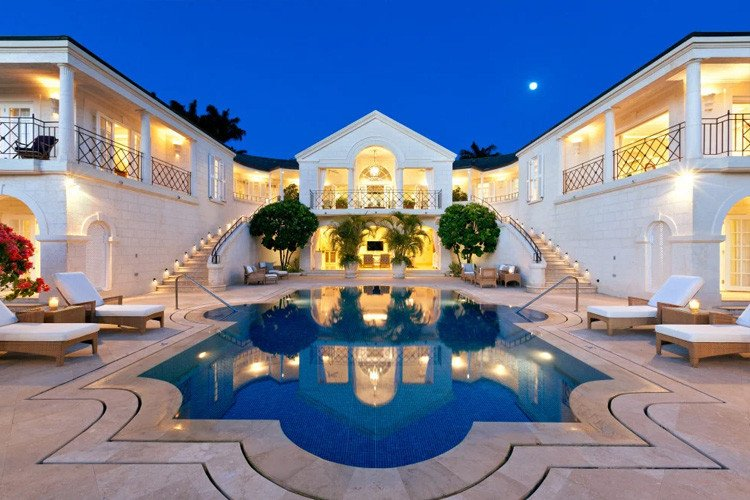 Caribbean vacation homes with staff