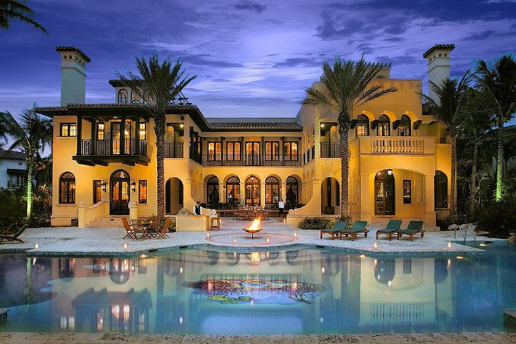 Renting a mansion in Florida