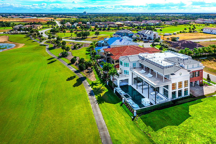 9-bedroom mansions in Orlando