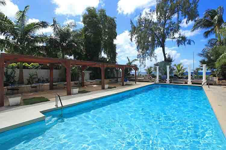 Get the best deals on Holetown villas in Barbados