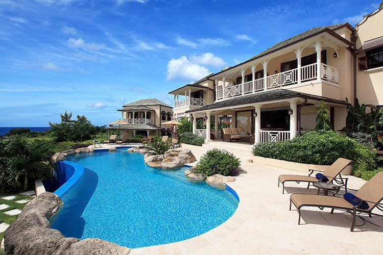 Private vacation rentals in the Caribbean