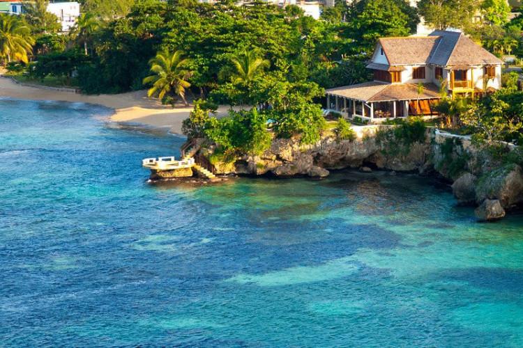 Villas on the beach in Jamaica